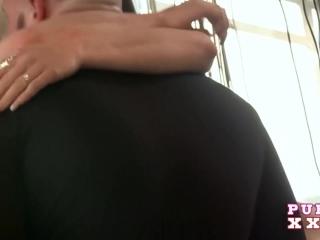 Секс видео бесплатно без регистрации, где боксер трахает красивую девушку