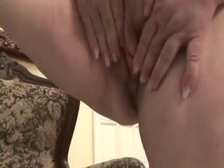 Внук трахает бабушку в жопу, а она стонет от удовольствия - порно видео онлайн бесплатно